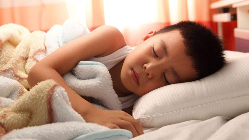 O Dilema do Sono: Afinal, quantas horas crianças e adolescentes precisam dormir por dia para ter uma vida saudável?